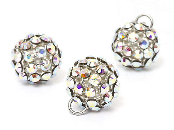 swarovski-elements-crystal-mesh-ball-19mm-crystal-ab-white-6-stuck