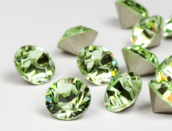 chatons-von-swarovski-elements-pp-5-chrysolite-1440-stuck-10-gross-