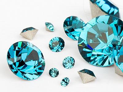 chatons-von-swarovski-elements-indicolite-multi-size-mix-7704-stuck