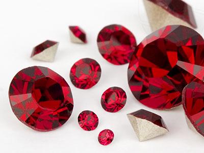 chatons-von-swarovski-elements-ruby-multi-size-mix-7704-stuck