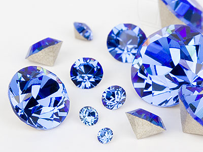 chatons-von-swarovski-elements-sapphire-multi-size-mix-7704-stuck