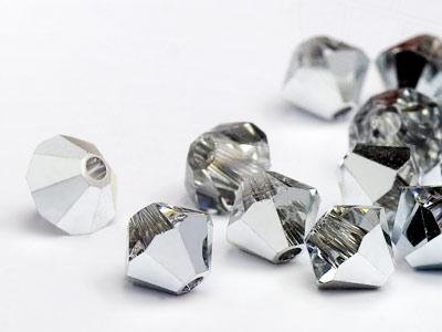 glasperlen-zum-auffadeln-von-swarovski-elements-doppelkegel-5mm-crystal-comet-argent-light-72-