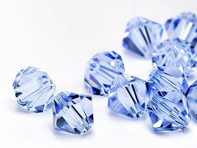 glasperlen-zum-auffadeln-von-swarovski-elements-doppelkegel-3mm-light-sapphire-1440-stuck-10-gro