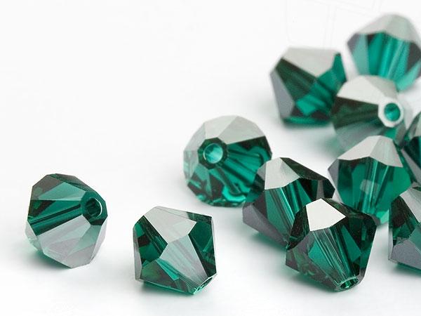glasperlen-zum-auffadeln-von-swarovski-elements-doppelkegel-5mm-emerald-satin-720-stuck-5-gross