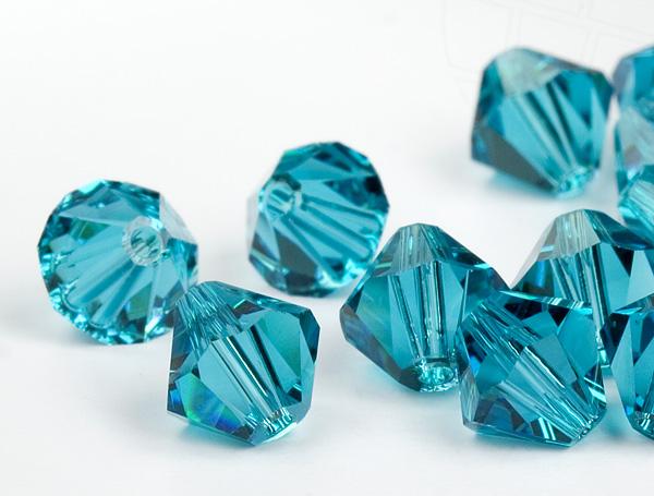 glasperlen-zum-auffadeln-von-swarovski-elements-doppelkegel-5mm-blue-zircon-720-stuck-5-gross-