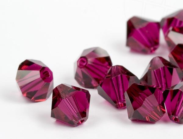 glasperlen-zum-auffadeln-von-swarovski-elements-doppelkegel-5mm-ruby-720-stuck-5-gross-