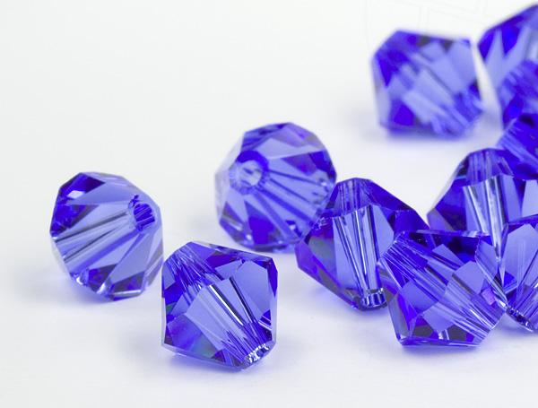 glasperlen-zum-auffadeln-von-swarovski-elements-doppelkegel-5mm-sapphire-720-stuck-5-gross-