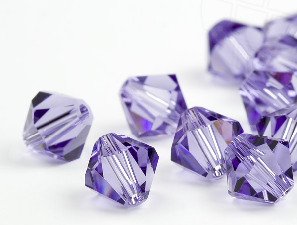 glasperlen-zum-auffadeln-von-swarovski-elements-doppelkegel-5mm-tanzanite-720-stuck-5-gross-