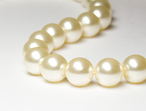 Crystal Beads of Swarovski Elements  5mm  (Crystal Cream)
