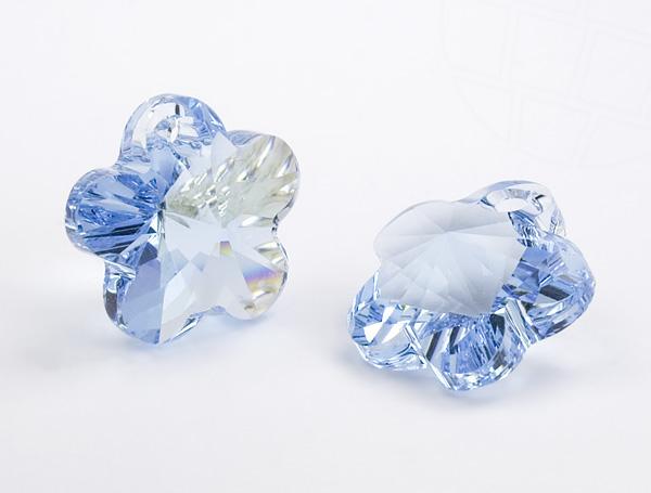 anhanger-von-swarovski-elements-blume-14-0mm-aquamarine-6-stuck