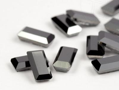 strasssteine-hotfix-von-swarovski-elements-rechteck-5x2-5mm-jet-hematite-48-stuck