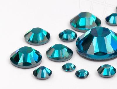 strasssteine-no-hotfix-von-swarovski-elements-blue-zircon-mega-multi-size-mix-10584-stuck