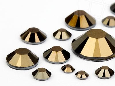 strasssteine-hotfix-von-swarovski-elements-jet-nut-multi-size-mix-5904-stuck