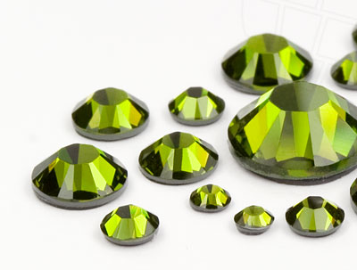 strasssteine-no-hotfix-von-swarovski-elements-olivine-mega-multi-size-mix-10584-stuck