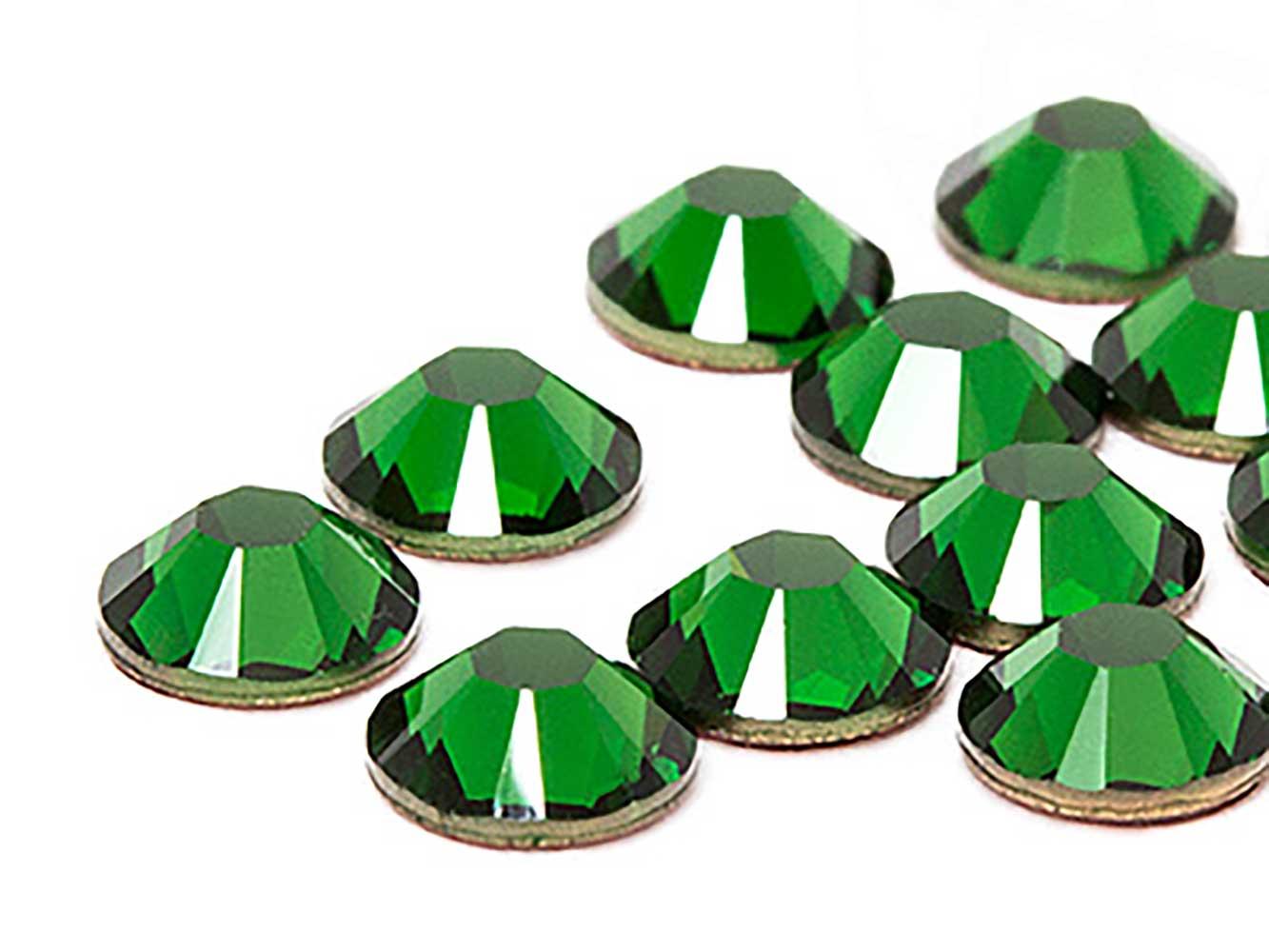 strasssteine-no-hotfix-von-swarovski-elements-ss-7-2-2mm-dark-moss-green-1440-stuck-10-gross-